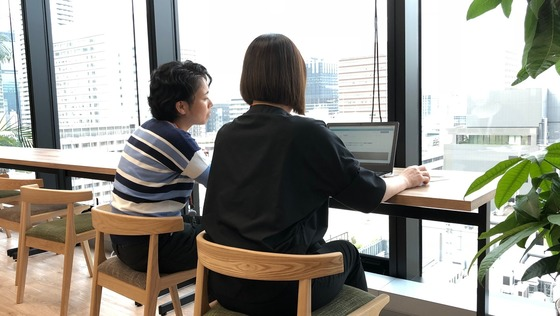 ◆時短勤務OK◆女性が働きやすい組織づくりに貢献する!様々な業務をマニュアル化する【インタビュアー】という仕事。未経験歓迎・女性が活躍しています!