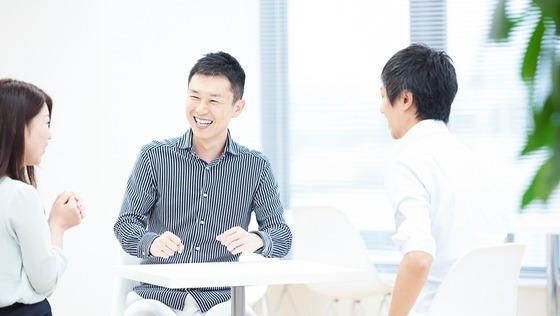 【コンサルティング営業】自社運営のビジネス特化型オンライン英会話スクールが好調!さらなるシェアの獲得をリードしよう!