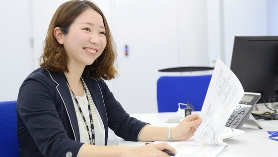 ★前向きな転職大歓迎★世界初のビジネス!日本を代表する上場企業をサポートする決算アウトソーシング『フィエルテ』の 「決算スタッフ」募集!《東証一部上場グループ企業/平均残業月20h程度》