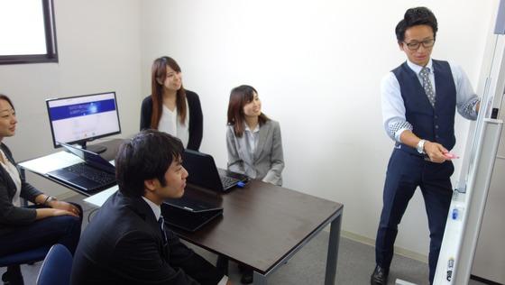☆キャリアチェンジ歓迎☆<インフラエンジニア募集>充実した学習プログラムで未経験入社の女性エンジニアも活躍中!/残業時間は平均15時間程度