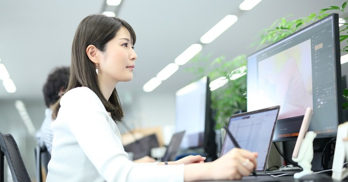 オンラインとオフラインを融合させ数字ドリブンで事業を推進するマーケター募集