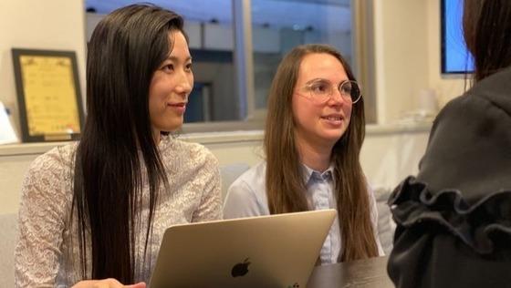 【特許取得済みのクラウドサービス/女性視点を活かしたコンサルティング営業】SaaS・AI開発企業/多国籍なメンバーでフラットな社風