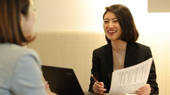 人材業界で≪営業≫に挑戦してみませんか?既存クライアントがメインで、未経験でもアポ取得率8割!無茶なテレアポは無し!