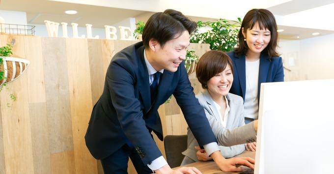 <時短/週3~/リモート勤務OK!> 自社サイト運営を中心とした【WEBデザイナー (兼コーダー)】即戦力を募集中/残業ほぼ0/女性社長は2人子育て中!風通しのよい社風です