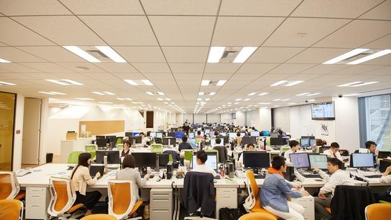 【東京】社内SE<社員、事業増加に伴い情報システム部門強化!>