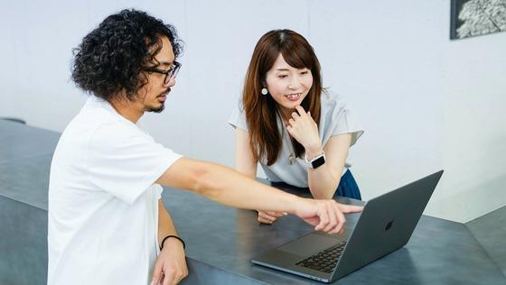 D2CブランドのビジュアルデザインやSaaSユーザ管理画面のUI設計をリードするデザイナー募集