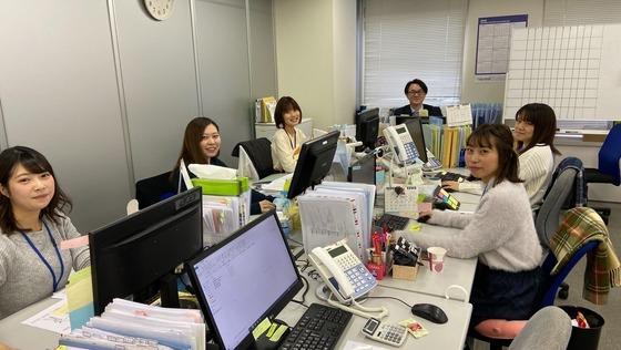 【業界未経験歓迎・事務スキルが活かせます】サプリメントや食品の臨床試験をサポートする「事務」《残業少なめ/女性比率75%以上/ワーキングマザー活躍中/社員登用あり》