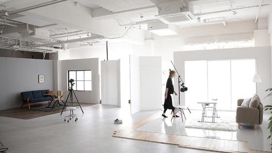 【商品撮影スタジオのインテリアコーディネーター】インテリアコーディネーターとして1人目の専任担当。当社ECサイトのインテリア商品撮影のスタイリングをお任せします!