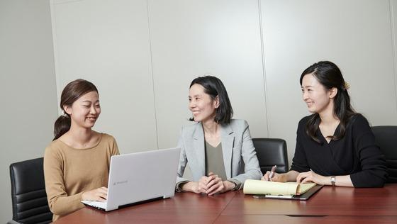 全国トップクラスの若手共同創業者が率いる法律事務所です!《秘書を募集/経験者歓迎!》